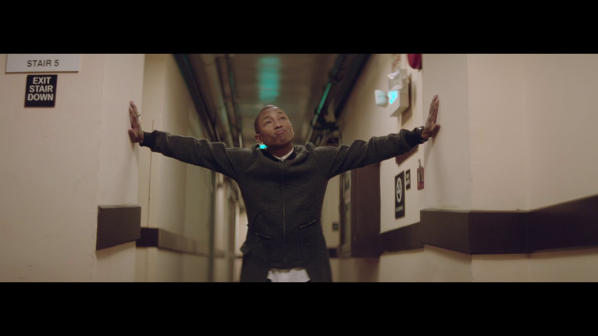 Pharrell Williams – Happy (2h)