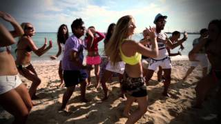 Loona – Vamos A La Playa
