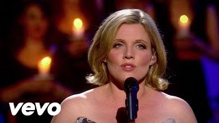 Celtic Woman – Silent Night (clip live et paroles)