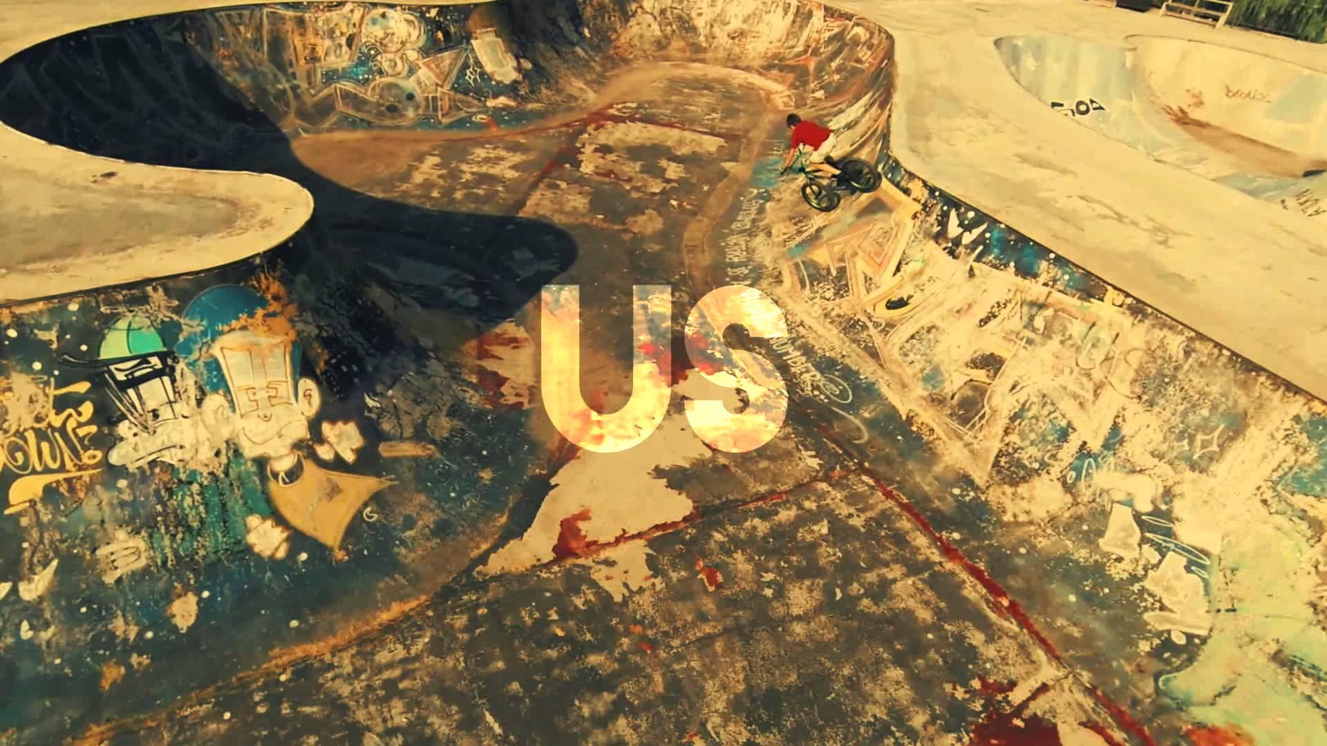 Tom Swoon et Lush & Simon – Ahead Of Us (Lyric)