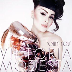Télécharger le single Only You de Viktoria Modesta