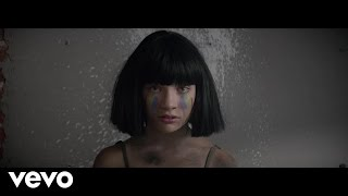 Sia – The Greatest (clip et paroles)
