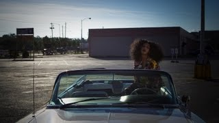 Solange – Lovers In The Parking Lot